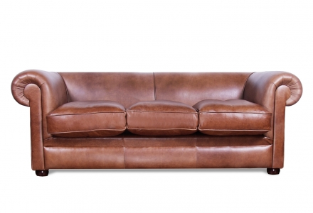 VON WILMOWSKY HERITAGE Chesterfield Couch Brendon