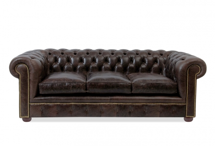 VON WILMOWSKY BRITANNIA Chesterfield Sofa William